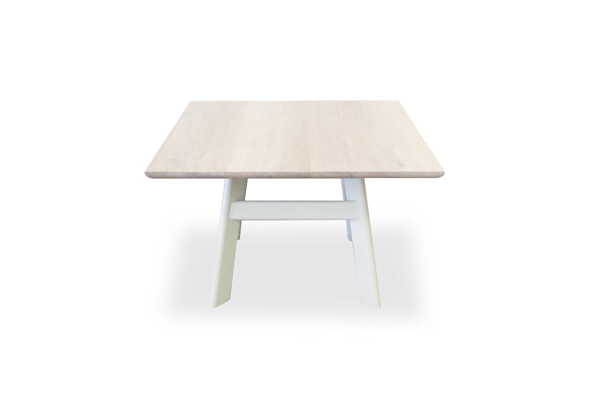 2.OFH Yogi table oak white top