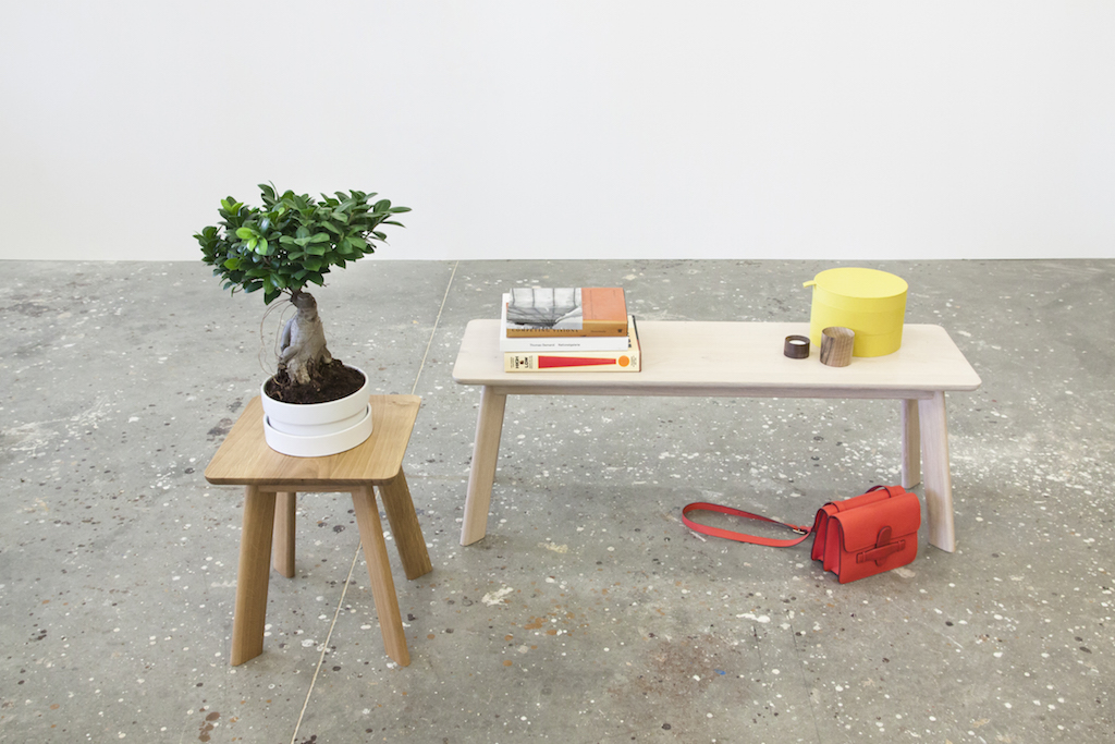 3.Yogi bench and stool EN