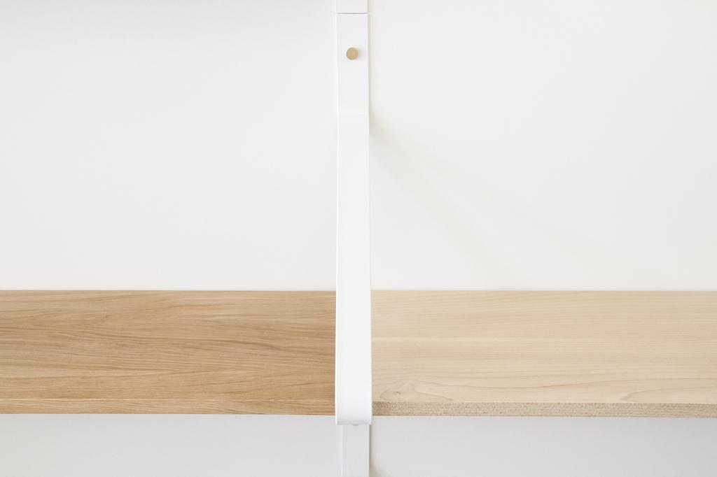 ONE FOR HUNDRED / Massivholzmöbel nach Maß