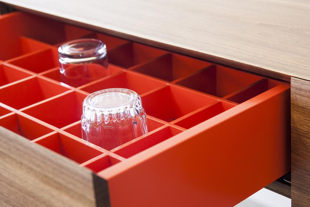Bar X Produktslide Detailshot Lade EN